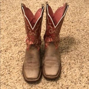 Women's Ariat Boots 6.5B